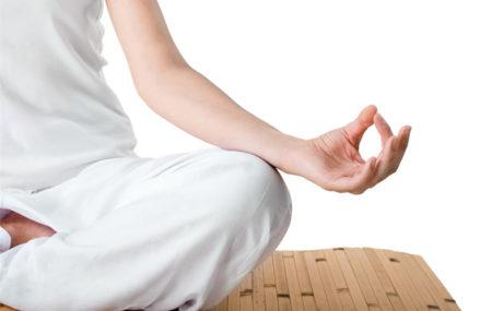 Kundalini-yoga-postures-439x285